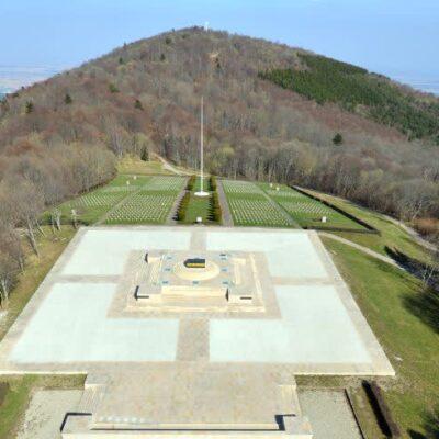 Le Hartmannswillerkopf : lieu privilégié de rencontres européennes et franco-allemandes